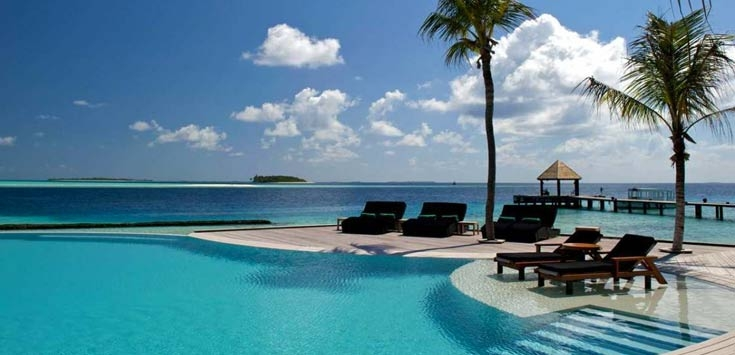 KOMANDOO ISLAND RESORT & SPA 4*